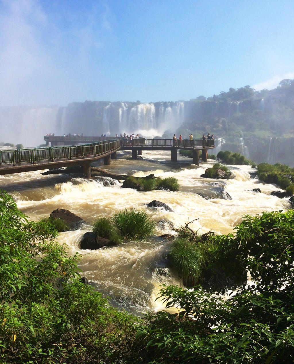Водопады Игуасу в Бразилии отзыв о поездке на ChileTravelMag-8