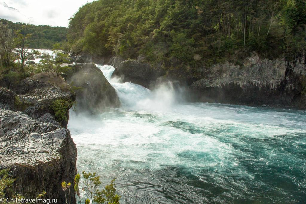 Водопады Петроуэ-Пуэрто-Варас-saltos-petrohue-puerto-varas-chiletravelmag-blog-16