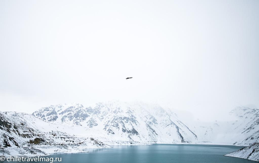 Горное водохранилище в Андах Чили11