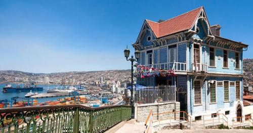 valparaiso_shutterstock-DST144-mpo6erllhe24dck58pdhmwo1qh49xhvccxljyd4qsw